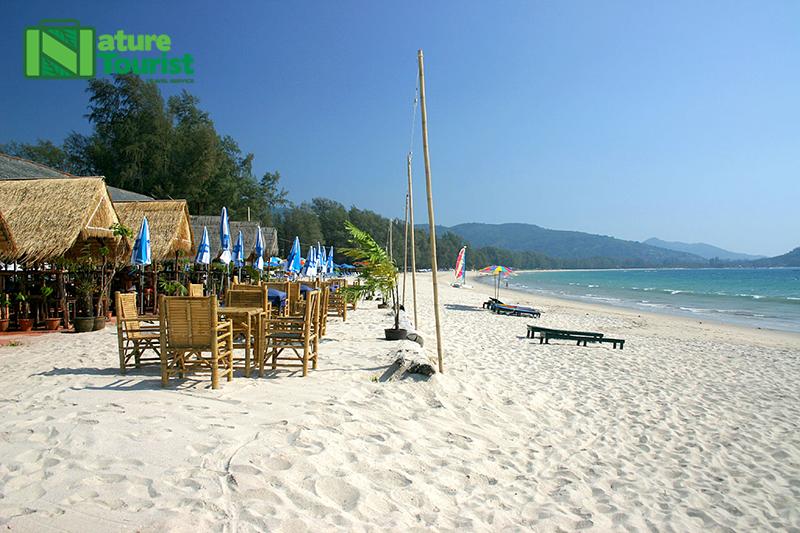 Bãi biển Bang Tao thu hút khách du lịch nhờ khu phức hợp Laguna