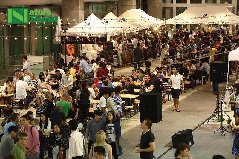 Chợ đêm PMQ nổi tiếng ở Hồng Kông