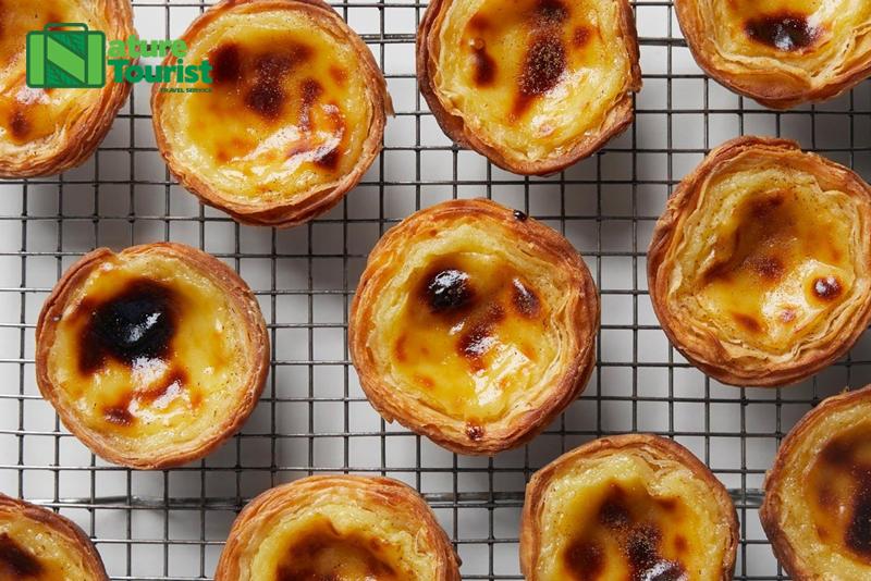 Đến Hồng Kông, bạn cũng không nên bỏ qua cơ hội thưởng thức các món bánh ngọt đầy hấp dẫn